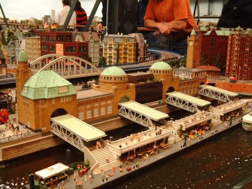Самая большая в мире модель железной дороги Miniature Wunderland. Часть 1.