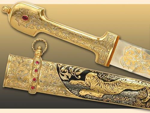Украшенное оружие - Кинжалы.