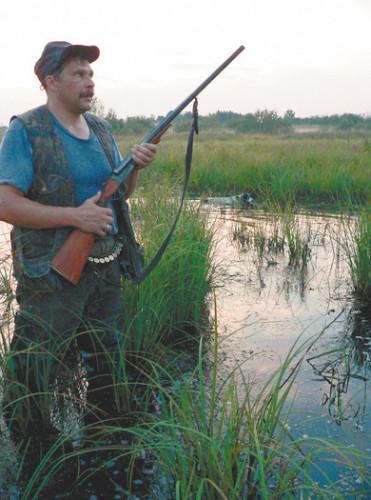 Август: стрельба уток на перелетах.