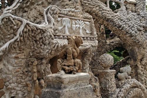Идеальный дворец Фердинанда Шеваля (Le Palais Ideal du Facteur Cheval) Франция. Часть 2. (55 фото)