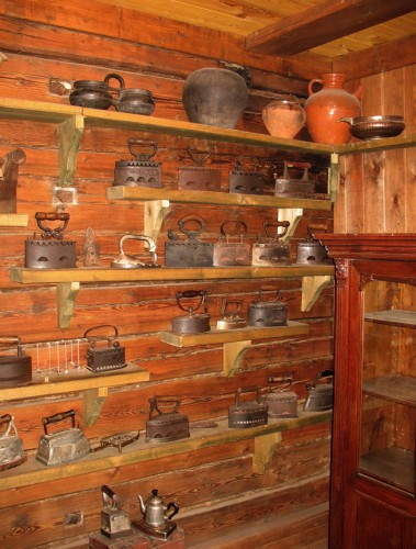 Музей Утюга г. Переславль-Залесский. Часть 2. (25 фото)
