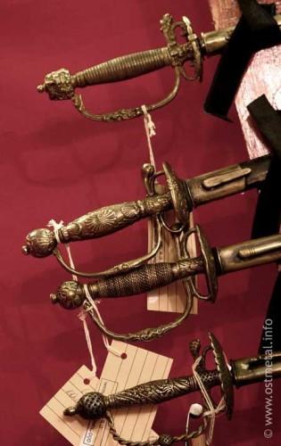 Выставка военного антиквариата «Традиция-2008». Часть 3. (50 фото)