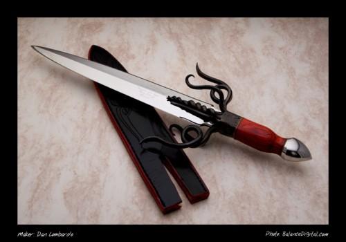 Подборка холодного оружия. Авторские работы. (50 фото)