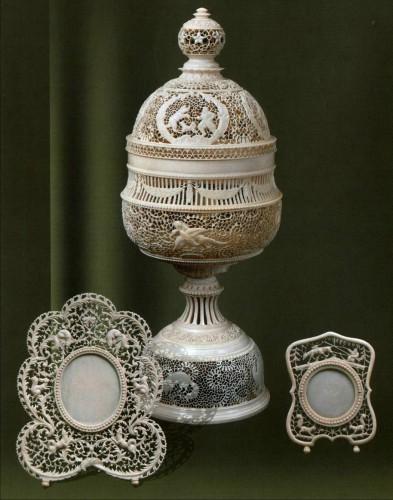 Холмогорская резная кость. Часть 2. (30 фото)