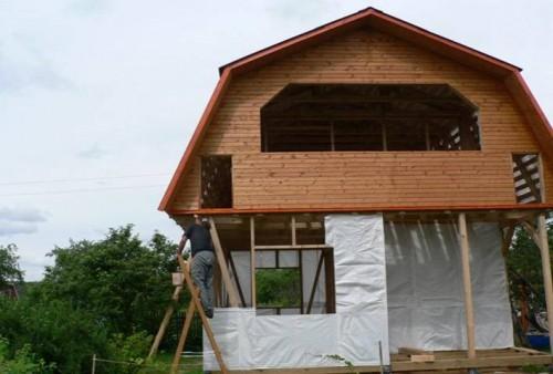 Подробное строительство каркасного дома с фотографиями.