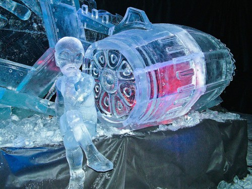 Ледовые и снежные скульптуры. (35 фото)