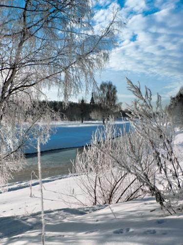 В подводном царстве зимней реки.