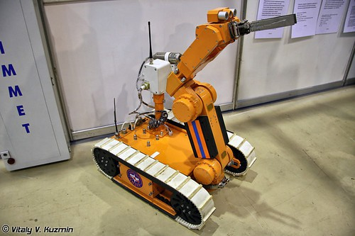 Интерполитех-2011. Часть 6. БПЛА, роботы и оптика. (50 фото)
