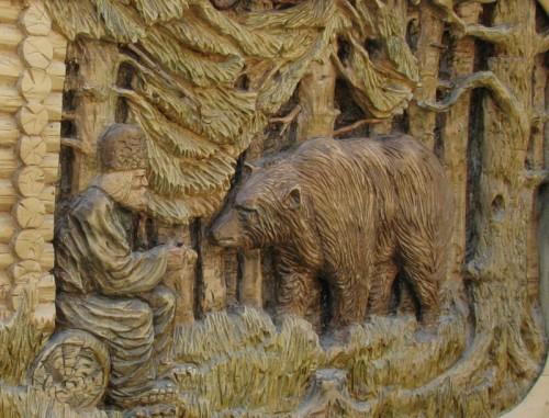 Работы мастера Александра Пентешина. Мебель и резные картины. Часть 1. (29 фото)