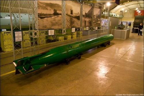 первый подземный завод для ремонта подводных лодок