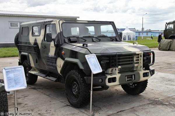 Технологии в машиностроении 2012. Часть 6. Статическая экспозиция: бронеавтомобили, грузовые и легковые автомобили. (54 фото)