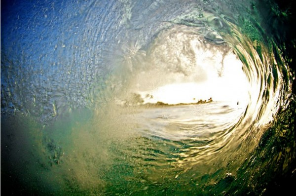 Удивительные фотографии волн Кенжи Кромана (Kenji Croman). (27 фото)