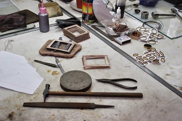 Ростовская финифть. Часть 2. Технология изготовления финифти. (40 фото)