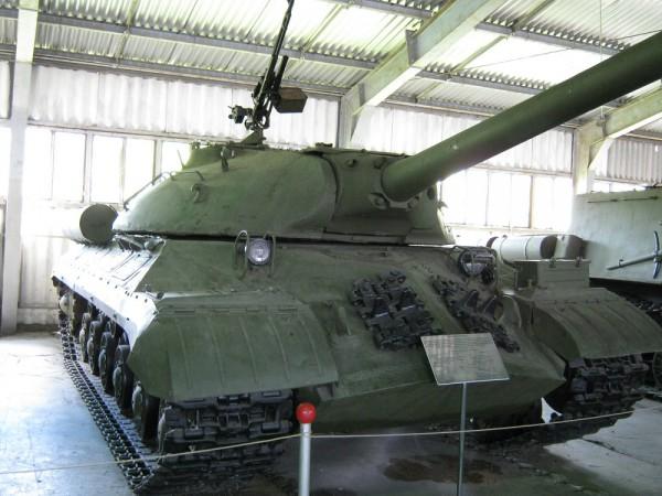 Военно - исторический музей бронетанкового вооружения и техники в Кубинке. Часть 2. Павильон №1. (35 фото)