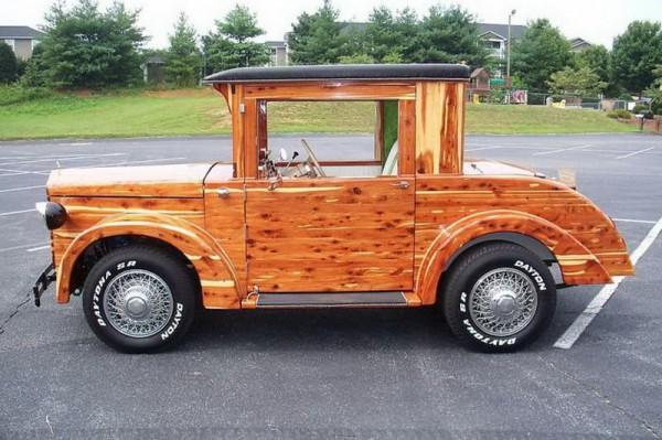 Сборщик мебели собрал автомобиль. (22 фото)