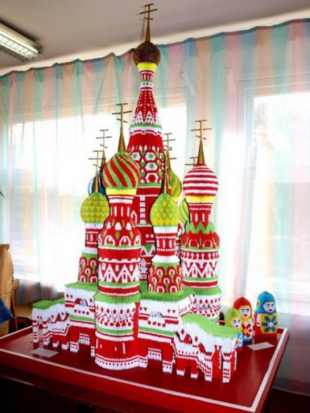 Бумажный Собор Василия Блаженного: искусство модульного оригами от Сергея Тарасова. (8 фото)
