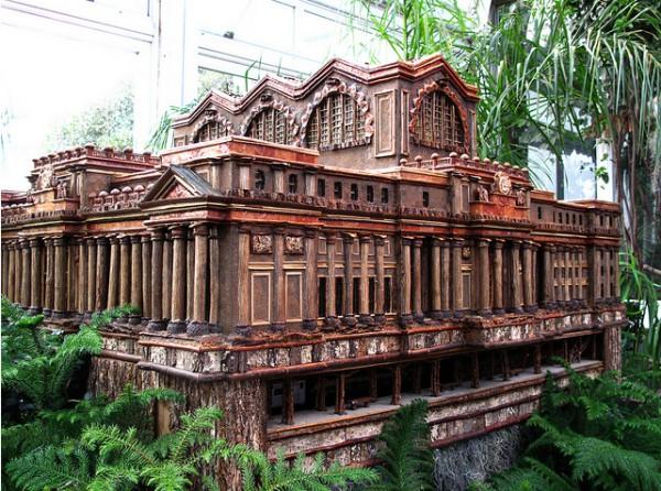 Выставка «Holiday Train Show» («Воскресная выставка поезда»)  в ботаническом саду Нью-Йорка. Часть 1. (55 фото)