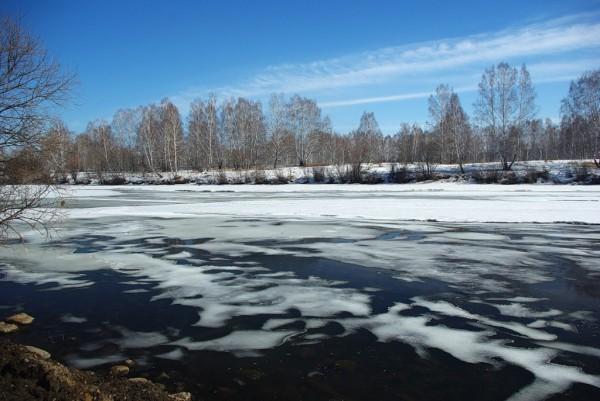 Загадки весеннего льда. Часть 3. Когда весной полезна или вредна прикормка, оптимальные составы для этой поры.