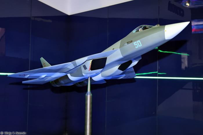 МАКС-2013. Часть 9. Выставочные павильоны. Часть 3. Космические аппараты, модели ЛА и прочие экспонаты. (43 фото)