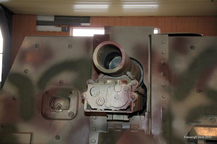 Военно - исторический музей бронетанкового вооружения и техники в Кубинке. Часть 7 продолжение. (56 фото)