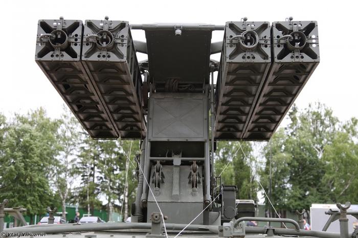 Танковый биатлон 2014. Часть 2. Выставка военной техники. (66 фото)
