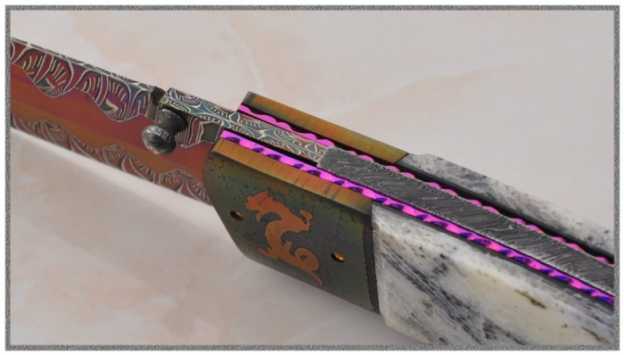 Ножи из цветного мозаичного дамаска от Йохана Густафссона (Johan Gustafsson). Часть 4. (30 фото)